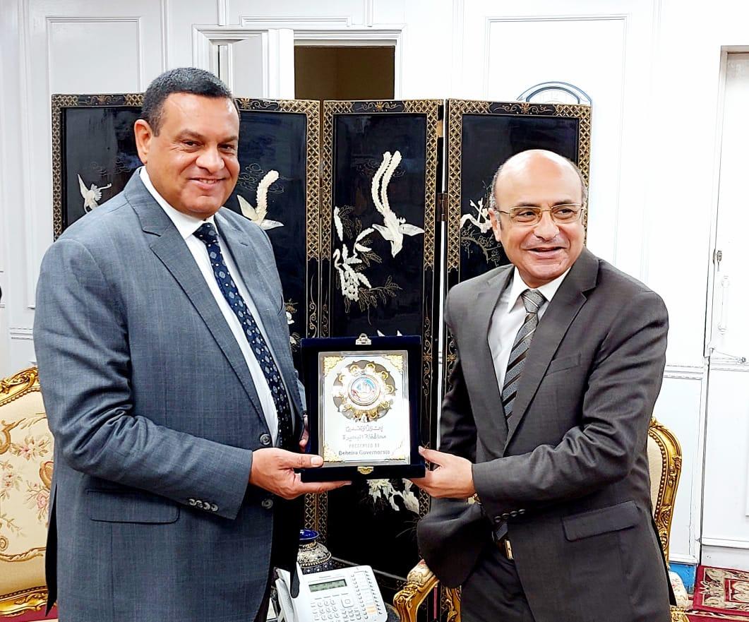 محافظ البحيرة يستقبل وزير العدل لافتتاح مجمع محاكم دمنهور صور