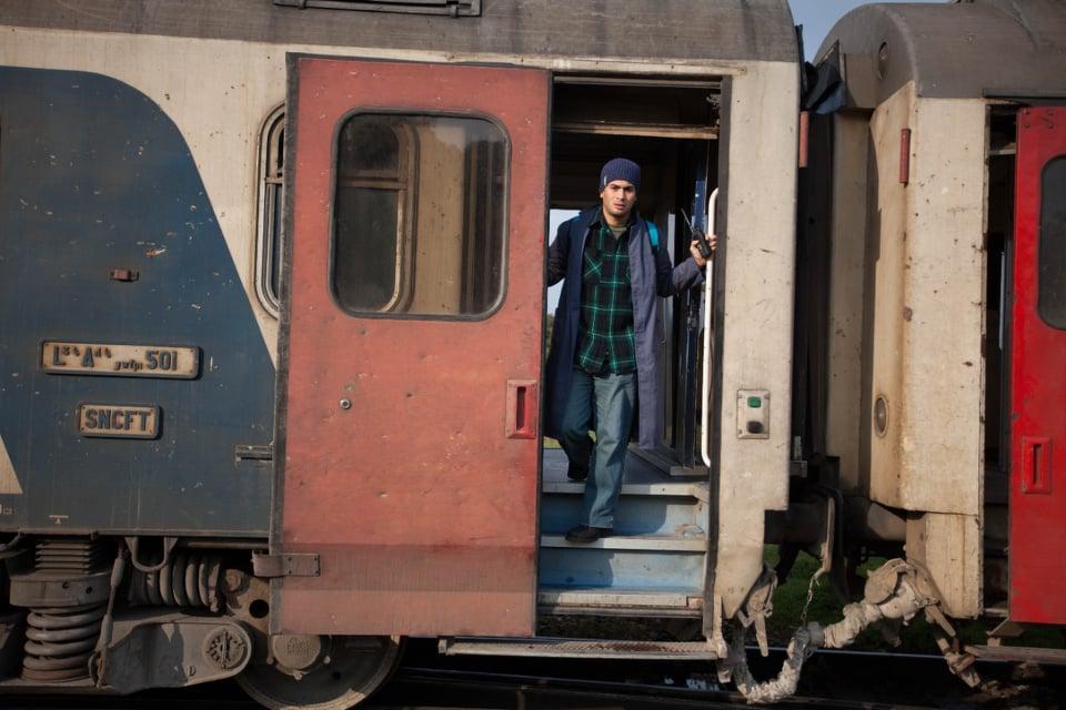 فيلم  عالسكة  يكشف الشجاعة غير العادية لسائقي القطارات في تونس
