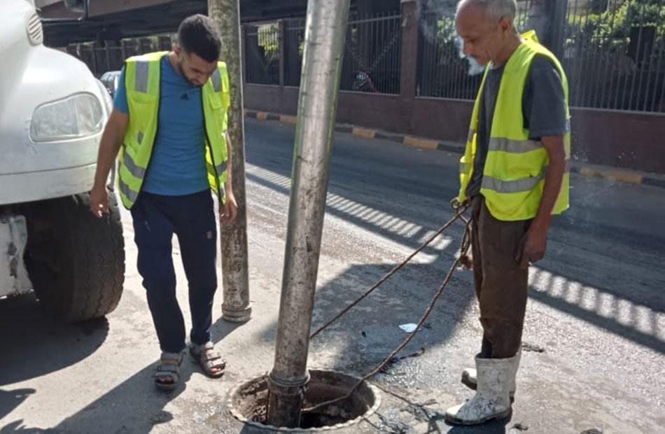 حي العجوزة يشن حملة لصيانة مواسير المياه والصرف الصحي |صور