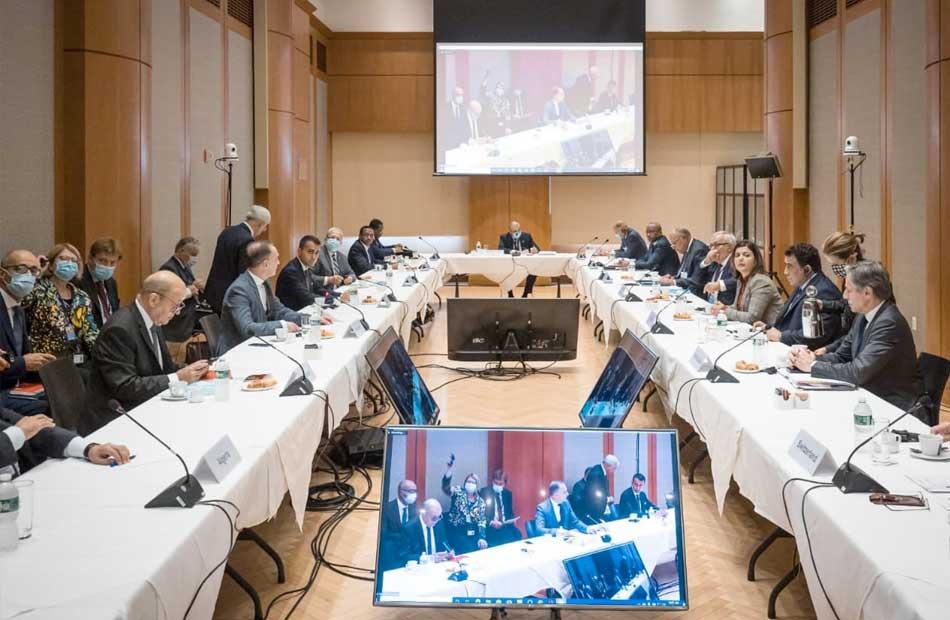 ;شكري; يؤكد ضرورة الاستجابة لإرادة الشعب الليبي وتطلعاته باجتماع مجموعة مسار برلين