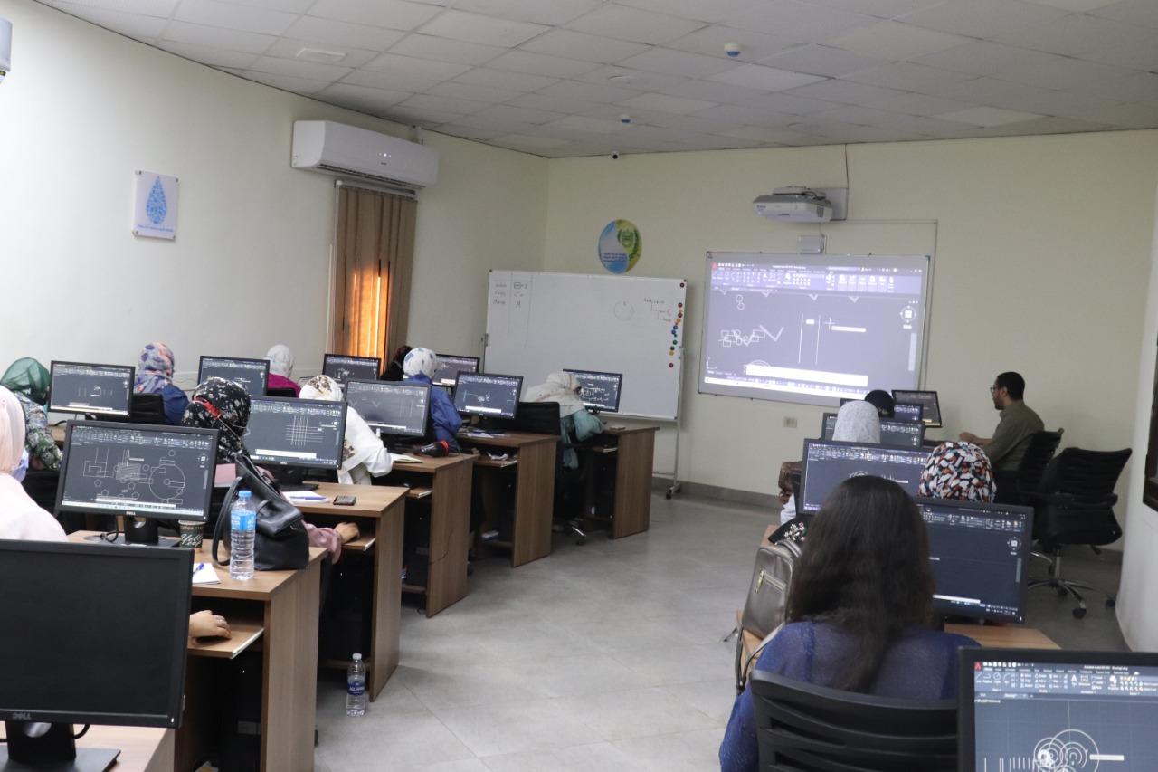 برامج تدريبية وورش عمل