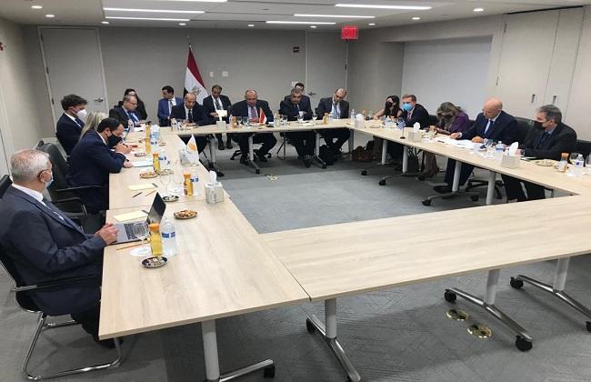  وزراء خارجية مصر وقبرص واليونان يجتمعون في إطار آلية التعاون الثلاثي بنيويورك |صور