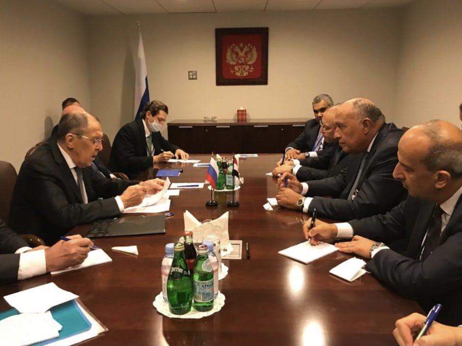 جانب من جلسة مباحثات بين وزيرى خارجية مصر وروسيا