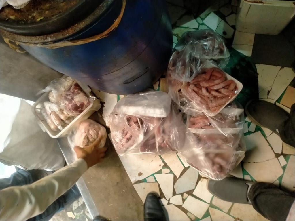 ضبط مسئول عن مخزن مواد غذائية بدون ترخيص بمدينة نصر