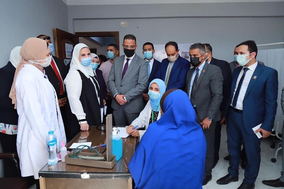 تفاصيل زيارة وفد التنسيقية لمشروعات تنموية بالفيوم بحضور وزيرة التضامن الاجتماعي