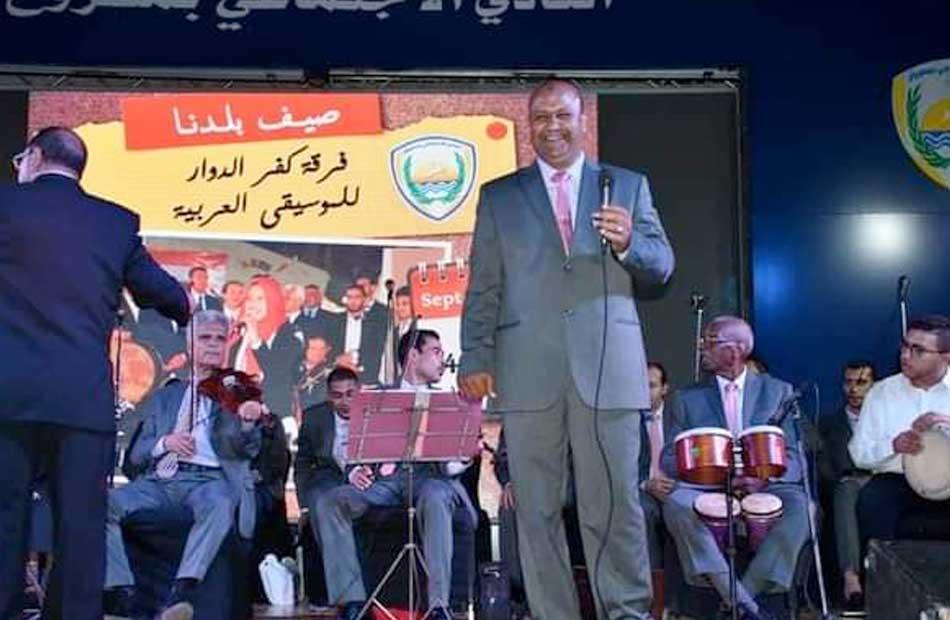 مطروح عروض غنائية لفرقة كفر الدوار للموسيقى العربية على مسرح النادي الاجتماعي |صور