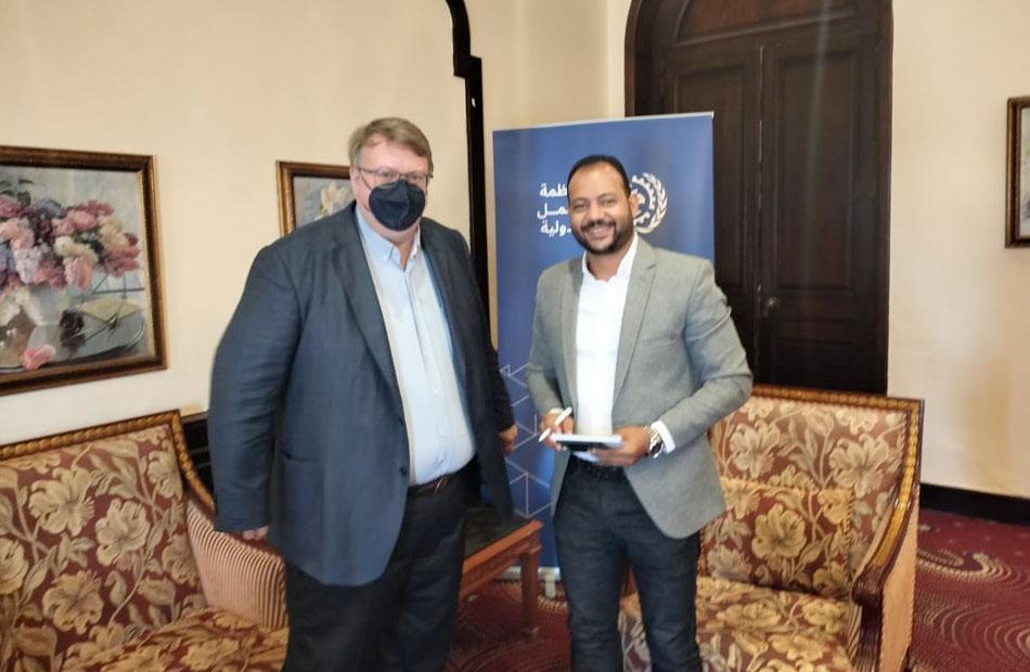 محرر بوابة الاهرام خلال لقائه بمدير مكتب منظمة العمل الدولية بالقاهرة