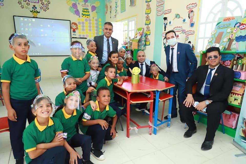 وفد تنسيقية شباب الأحزاب في زيارة الفيوم
