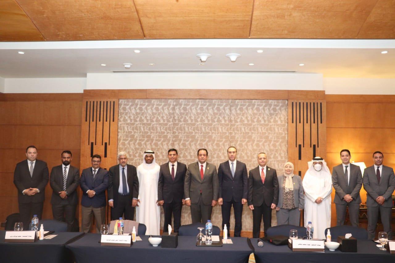 علاء عابد يفتتح البرنامج التمكيني للأمناء العامين والمساعدين بالبرلمانات العربية