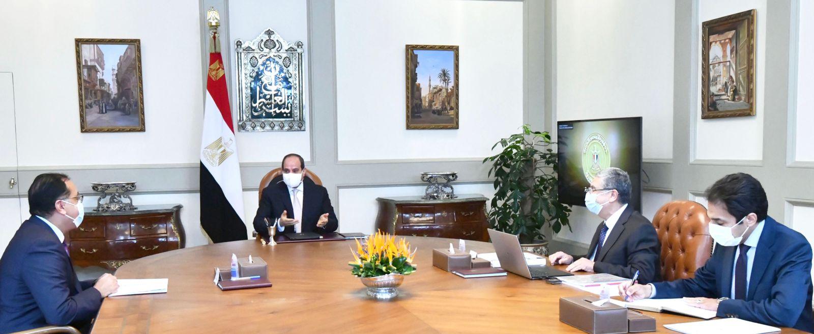 توجيهات الرئيس خلال اجتماع اليوم تأسيس البنية الكهربائية للمشروع العملاق  الدلتا الجديدة