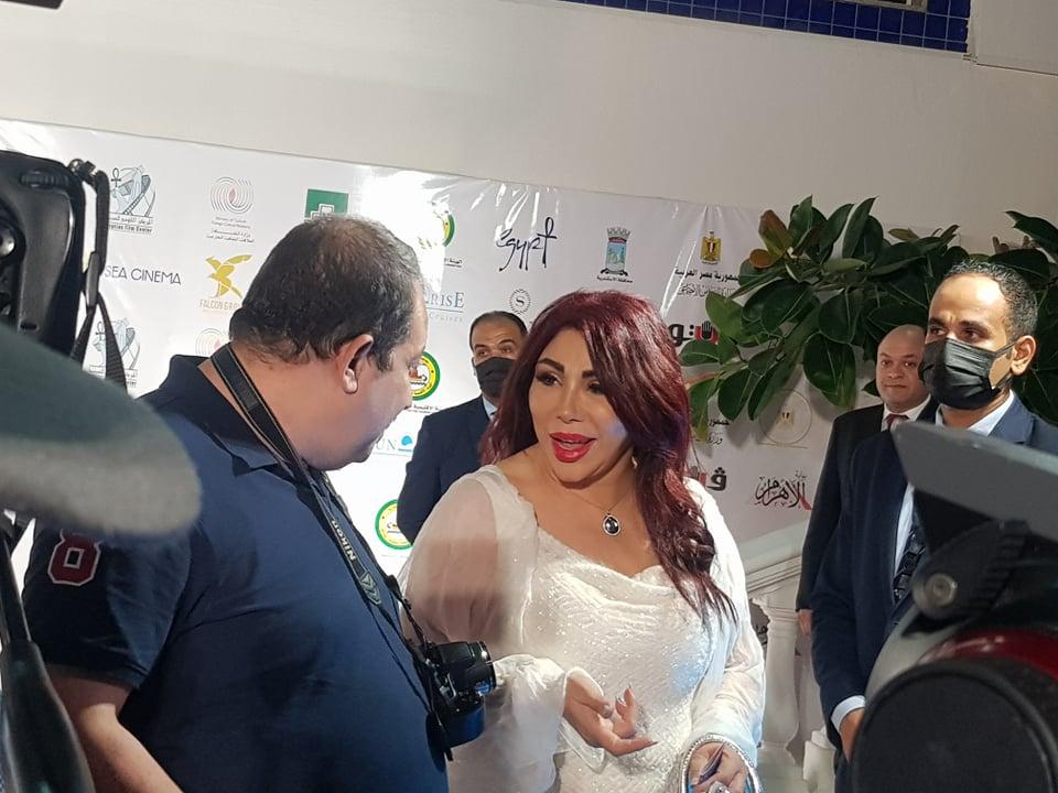 شاهد إطلالة الفنانة  غادة إبراهيم  في حفل افتتاح مهرجان الإسكندرية السينمائي   صور