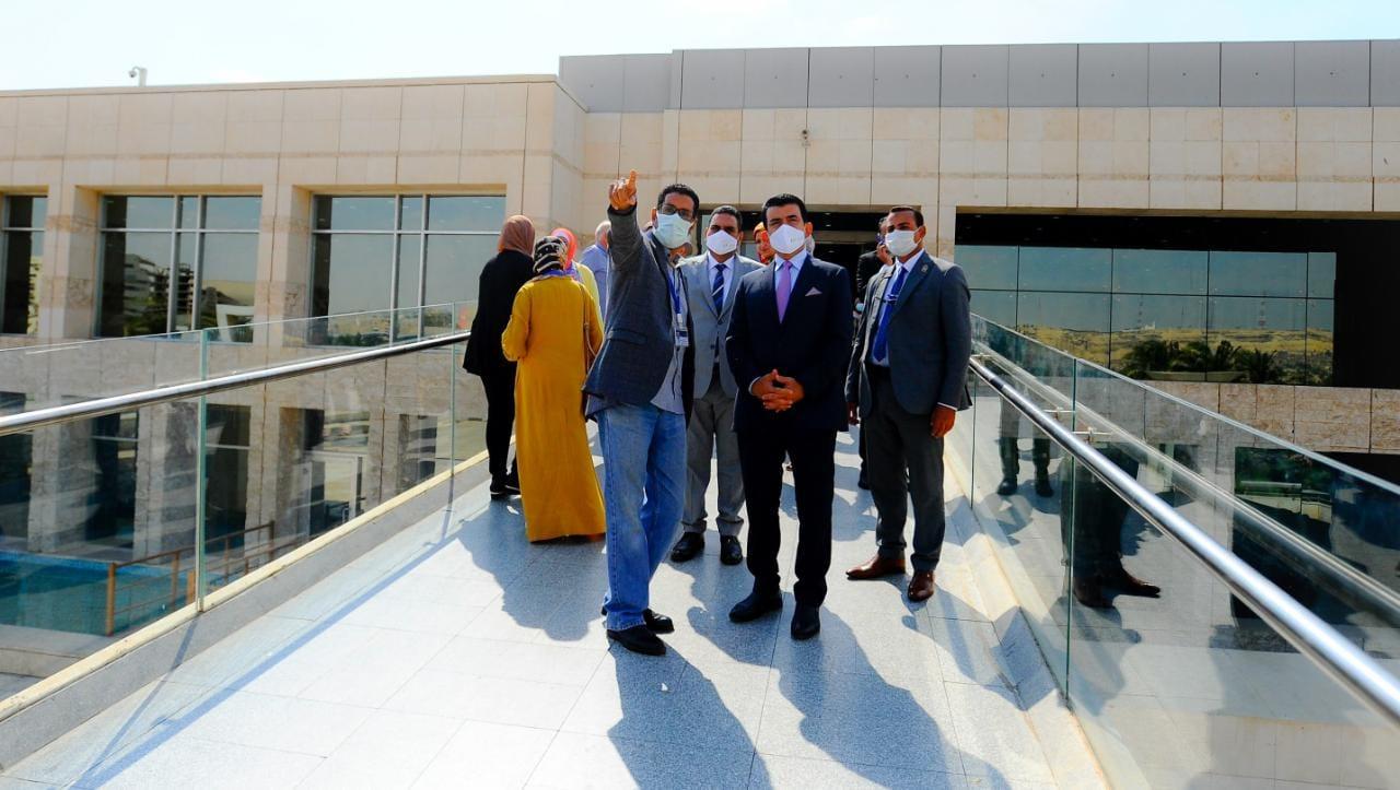المدير العام للإيسيسكو يزور المتحف القومي للحضارة المصرية بالفسطاط |صور