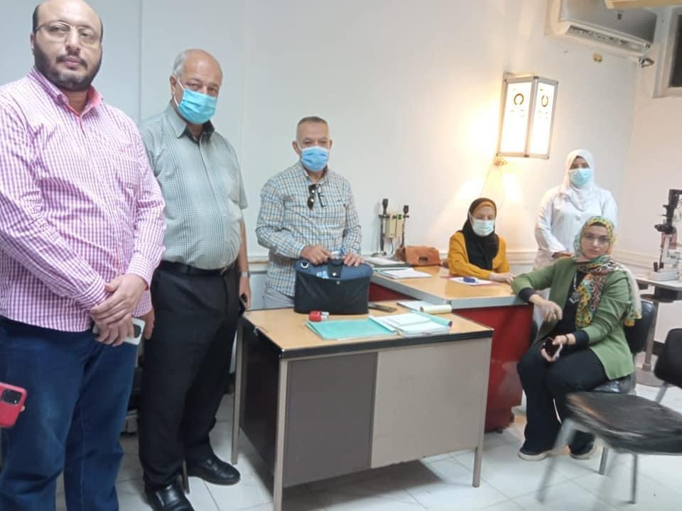 إجراء الكشف الطبي للطالبات المقبولات بمدرسة التمريض في مستشفى المنصورة  صور