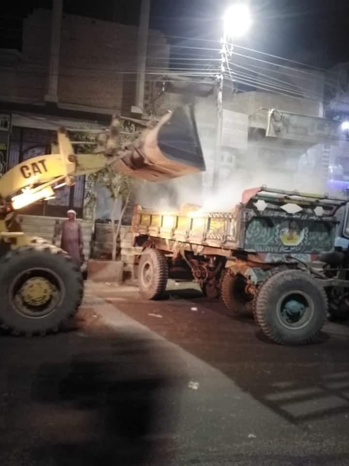 رفع 310 طن قمامة وأتربة و45 حالة إشغال طريق بسنورس في الفيوم