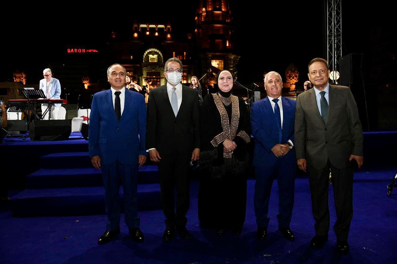 وزير السياحة والآثار يشارك في افتتاح المهرجان الثقافي الدولي  جوتيه
