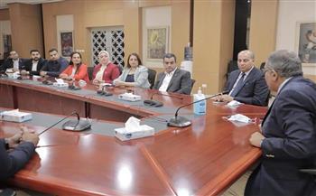 أعضاء-مجلس-الشيوخ-عن-التنسيقية-يستعرضون-البرامج-التعليمية-المتطورة-خلال-زيارتهم-لجامعة-الجلالة-|-صور