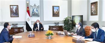 الرئيس-السيسي-يطلع-على-الموقف-التنفيذي-لتأمين-التغذية-الكهربائية-للساحل-الشمالي