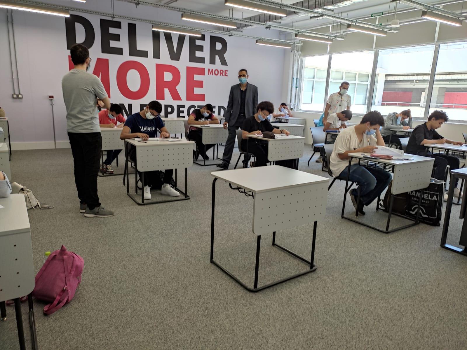 الجامعة اليابانية بالإسكندرية تواصل اختبارات القبول للطلاب | صور