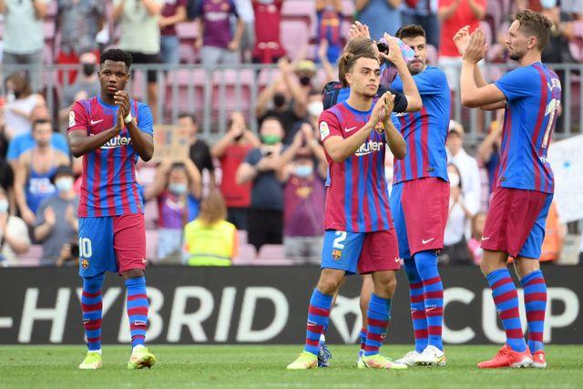 برشلونة يستعيد الاتزان قبل اختباراته الصعبة بثلاثية في ليفانتي بالدوري الإسباني