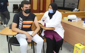 جامعة-المنصورة-تبدأ-المرحلة-الثانية-لتطعيم-طلابها-بلقاح-كورونا-|-صور-