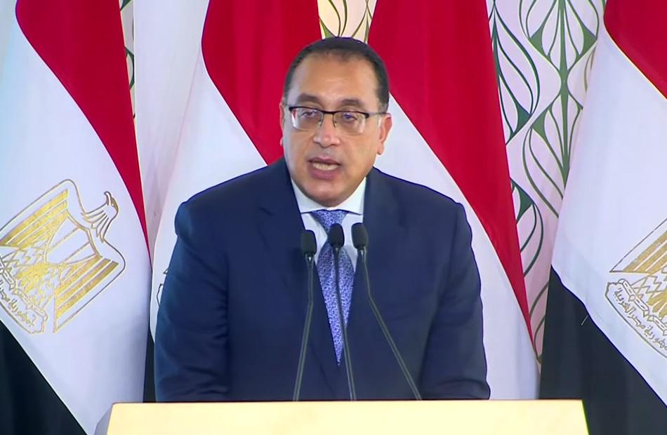 مدبولي الدولة نفذت استثمارات بقيمة  مليار جنيه في قطاع الكهرباء ضمن مخطط تنمية سيناء