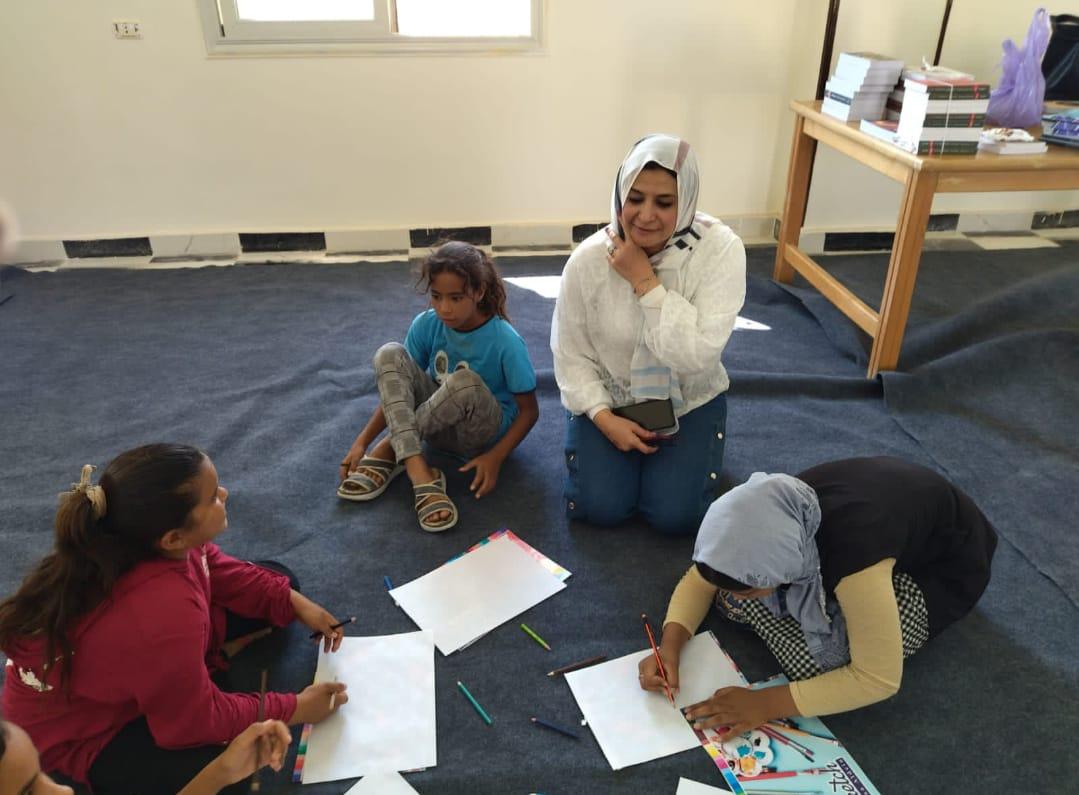 تواصل فعاليات معرض قصور الثقافة للكتاب في وادي مندر بشرم الشيخ   صور