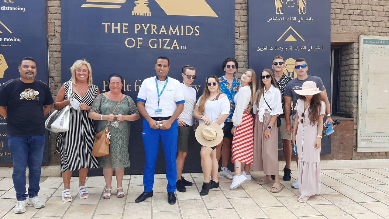 المقاصد السياحية والمواقع الأثرية والمتاحف بمصر تحتفل بيوم السياحة العالمي  صور