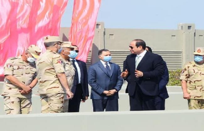الرئيس السيسي يفتتح  محطات تحلية مياه ومعالجة مياه الصرف الصحي
