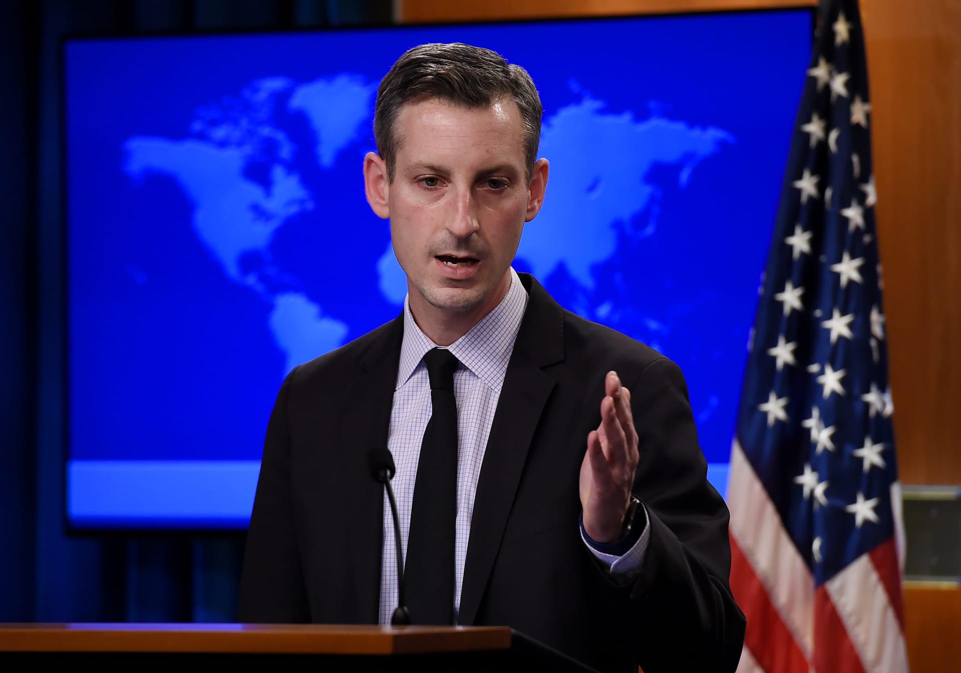 إصابة المتحدث باسم  الخارجية الأمريكية  بفيروس كورونا