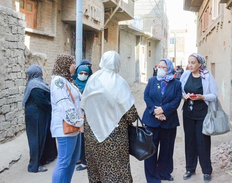 فعاليات طرق الأبواب  المرأة المصريه صانعه السلام