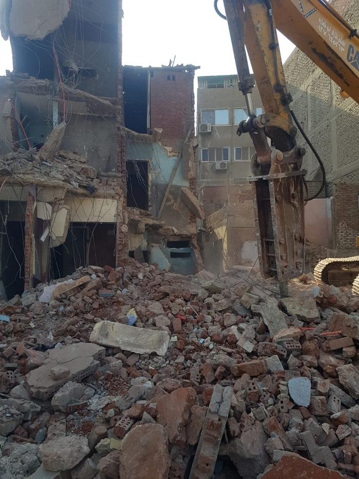 حي بولاق الدكرور ينفذ قرارات إزالة لمخالفات بناء