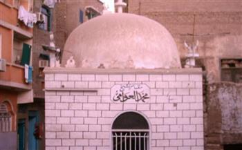 مسيرة-;الإمام-ورش;-من-قنا-لـ;مقابر-الإمام;-ماذا-تعرف-عن-صاحب-أشهر-تلاوات-القرآن-الكريم؟ -صور-