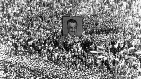 ;يوم الوداع; و;طوفان الدموع; كيف رصدت مانشيتات ;الأهرام ; رحيل الزعيم جمال عبد الناصر؟| وثائق