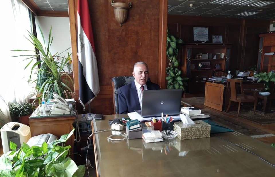 وزير الري يتابع استعدادات عقد أسبوع القاهرة الرابع للمياه