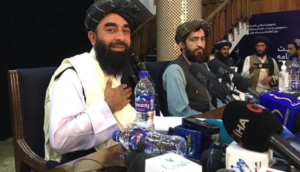 طالبان تدعو الولايات المتحدة الأمريكية إلى احترام مجال أفغانستان الجوي
