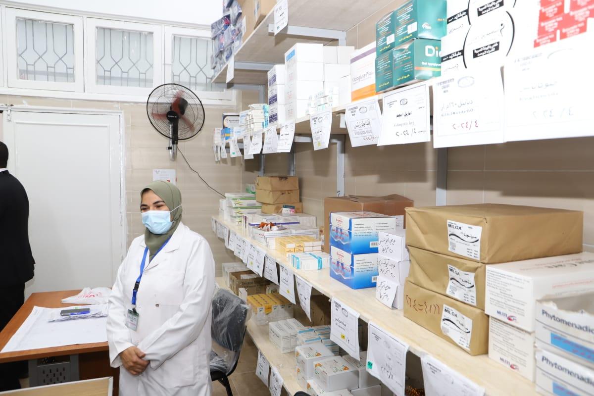 سعفان يفتتح عيادات التأمين الصحي بجامعة الزقازيق
