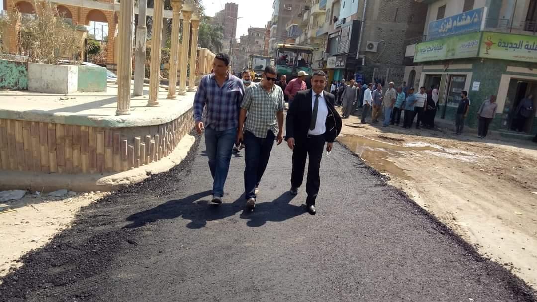 استكمال رصف شارع سعد زغلول بأشمون بالمنوفية