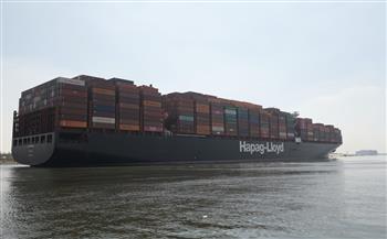 قناة-السويس-تشهد-عبور--سفينة-وأعلى-معدل-عبور-يومي|-صور