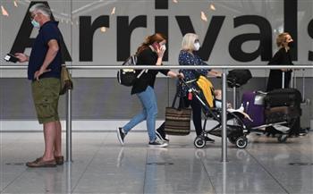 إنجلترا-عيادات-متنقلة-لتقديم-لقاح-كوفيد-للصغار-بين--و--عامًا