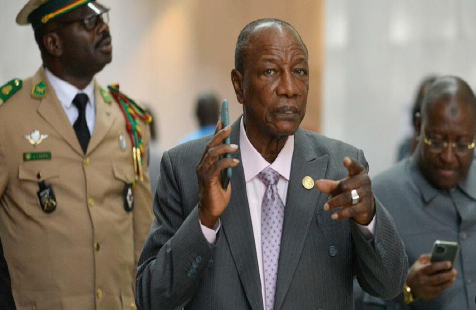 المجلس العسكري في غينيا يستبعد نفي كوندي
