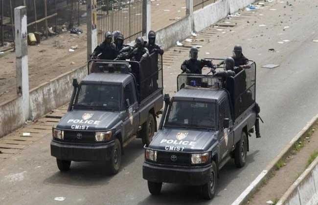 المجلس العسكري في غينيا يعتقل أحد وزراء حكومة كوندي قبل أن يعيد إطلاق سراحه