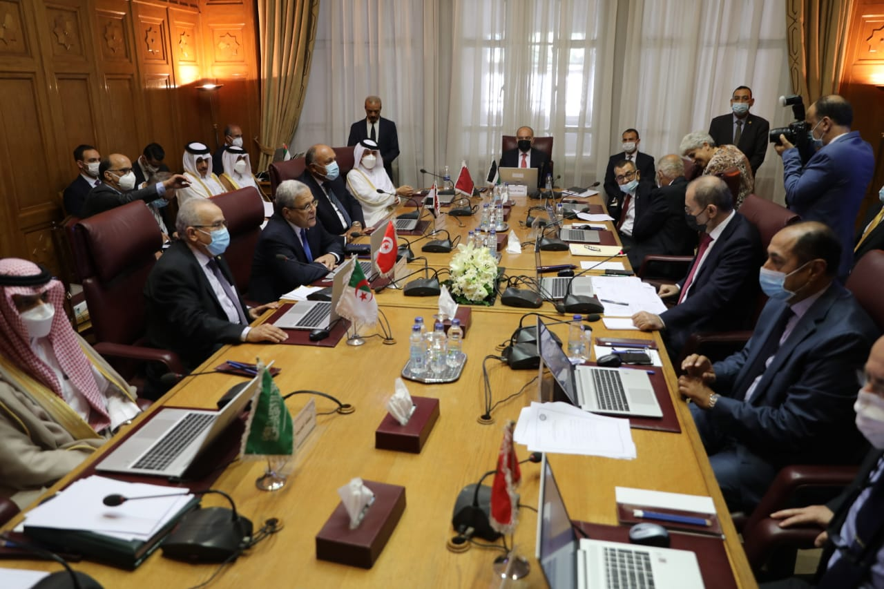 وزير الخارجية يؤكد رفض مصر استهداف الهوية العربية الإسلامية والمسيحية لمدينة القدس ومقدساتها