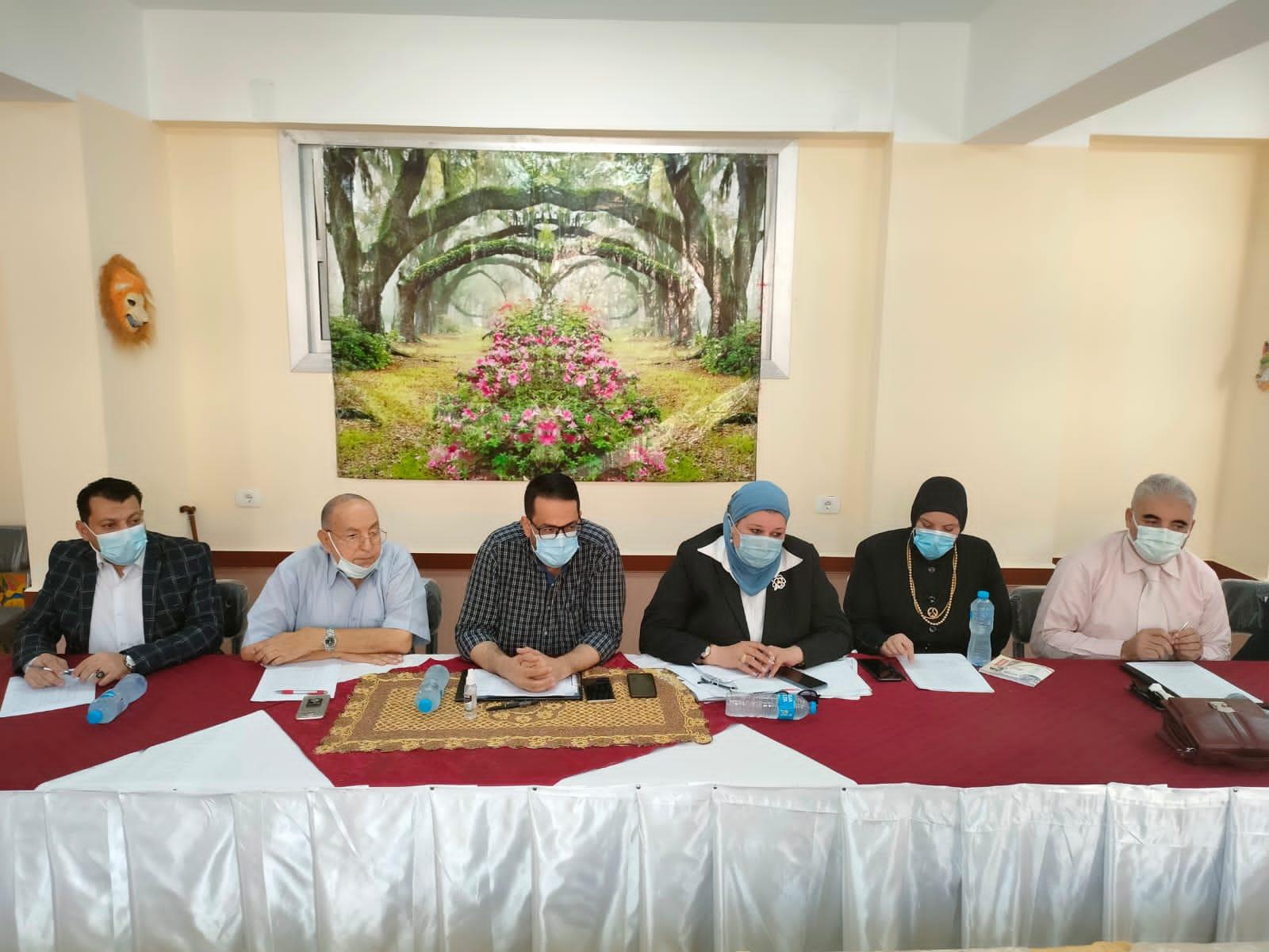 لجنة اختبارات للمترشحين كوكلاء المدارس الرسمية للغات بتعليم الغربية