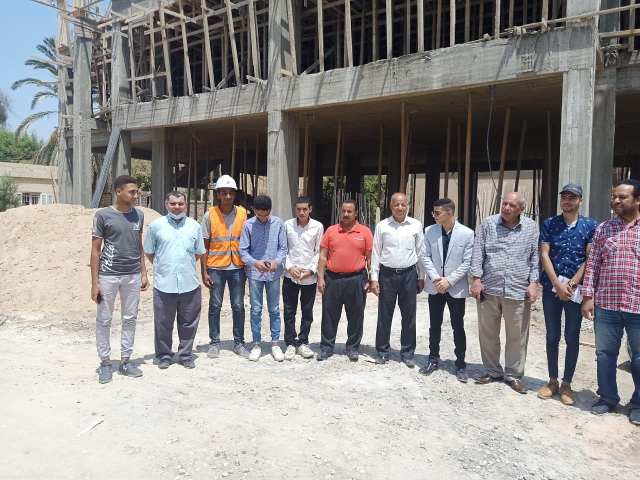 طلائع سوهاج يتفقدون مشروعات تطوير الريف المصري