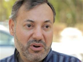 تأجيل دعوى إسقاط الجنسية عن أحمد منصور والقرضاوي لـ26 مارس